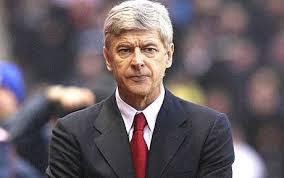 Arsene Wenger needs  defensiveive reinforcemnts to take Arsenal to the next level
