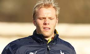 Eidur Gudjonsen grabbed a crucial equaliser to keep Bolton's resurgence under Neil Lennon going.