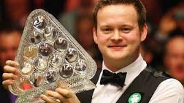 "Sean Murphy became the 10th player to complete the ""triple crown"" when he beat Australia's Neil Robertson to win the Snooker Masters."